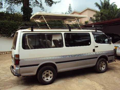 Uganda Safari VanKampala-Uganda Car Rentals: 4WD Safari Vans for Hire