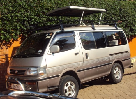 Kampala-Uganda Car Rentals: 4WD Safari Vans for Hire